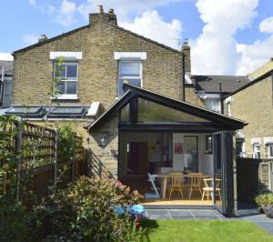 Nunhead Lewisham SE15 House kitchen extension – Rear elevation 2 e1582377720350 300x266 Nunhead, Lewisham SE15   House kitchen extension