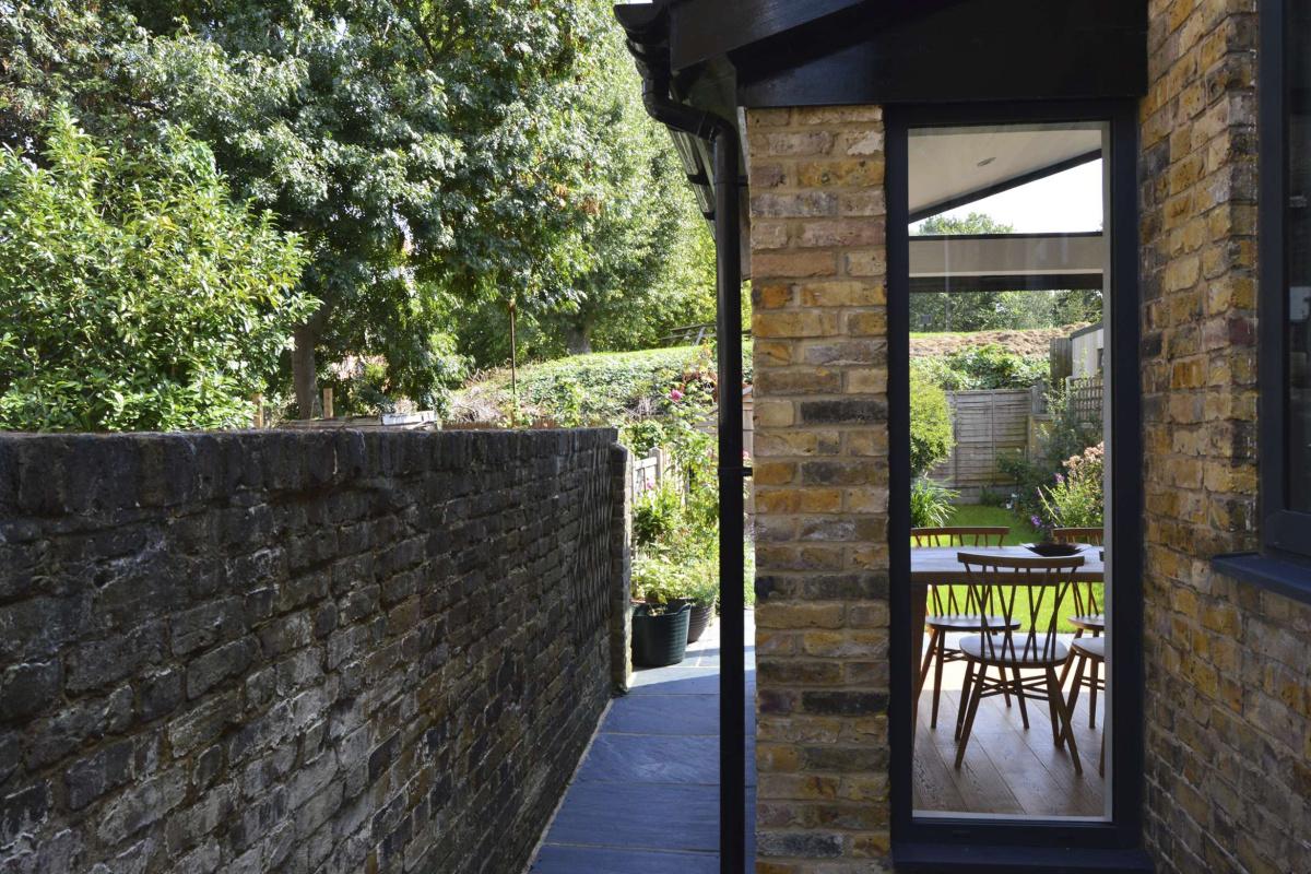 Nunhead Lewisham SE15 House kitchen extension – Side through view 1200x800 Nunhead, Lewisham SE15   House kitchen extension